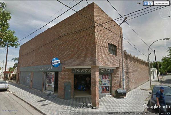 EXCELENTE SALON COMERCIAL EN ZONA ESTE